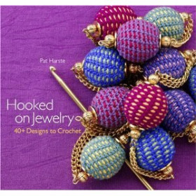 Hooked on Jewelry - 40+ Designs to crochet